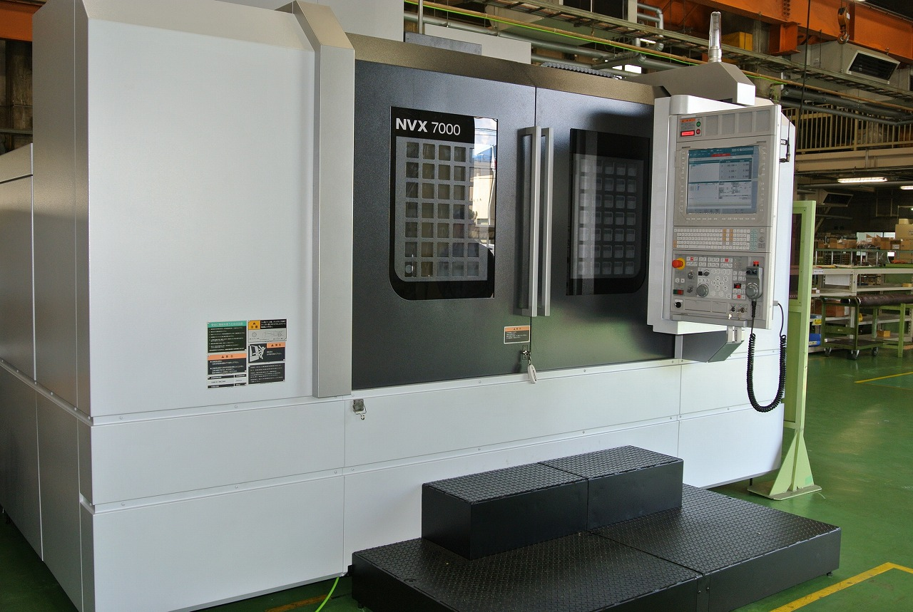 高精度・高速立形マシニングセンタ導入(森精機製NVX7000)